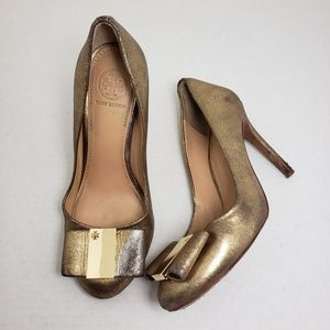 Tory Burch Closed Toe Gold Metallic Slip-On Heels